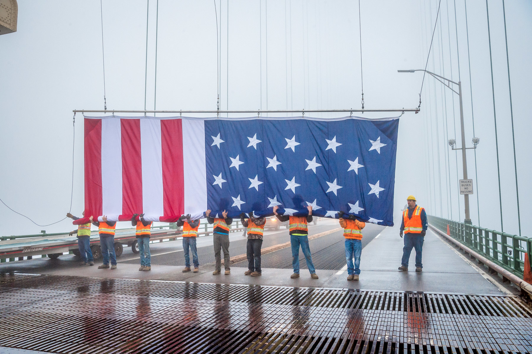 The Mighty Mac's new way to display, protect Old Glory
